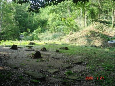 角牟礼城二の丸跡