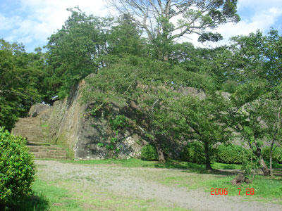 岡城 本丸石垣