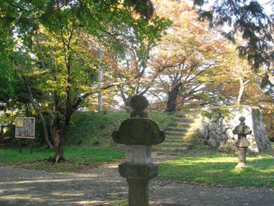 飯山城櫓台石垣