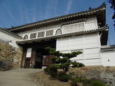 姫路城菱の門