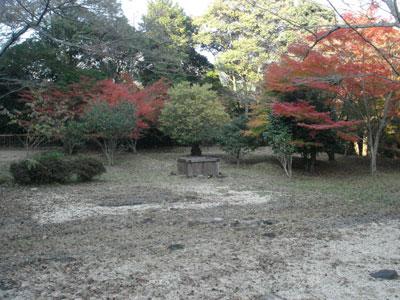 正法寺山荘 礎石