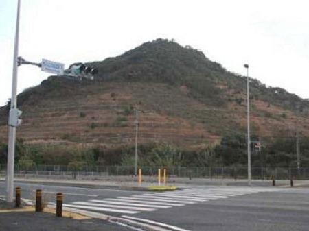 豊前松山城遠景