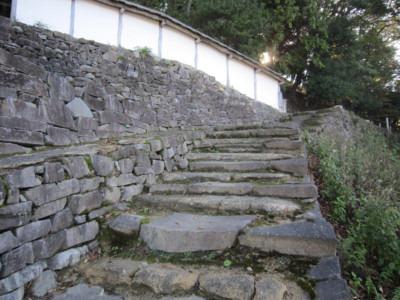 6土塀と石垣
