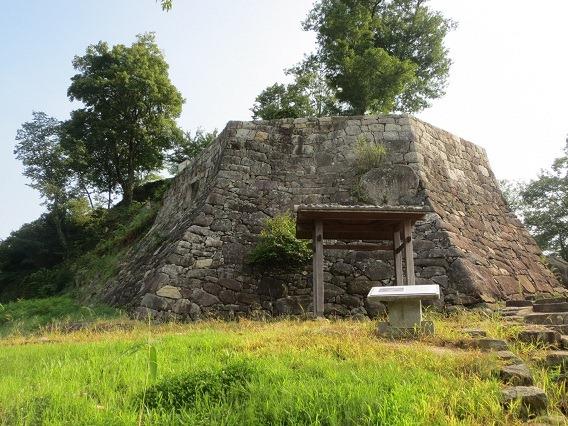 33菱櫓石垣