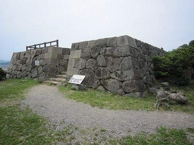 23二の丸三階櫓跡