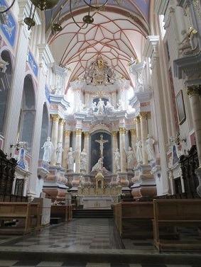 聖ペテロ・パウロ大聖堂内部1