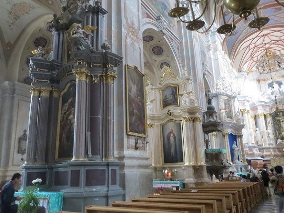 聖ペテロ・パウロ大聖堂内部