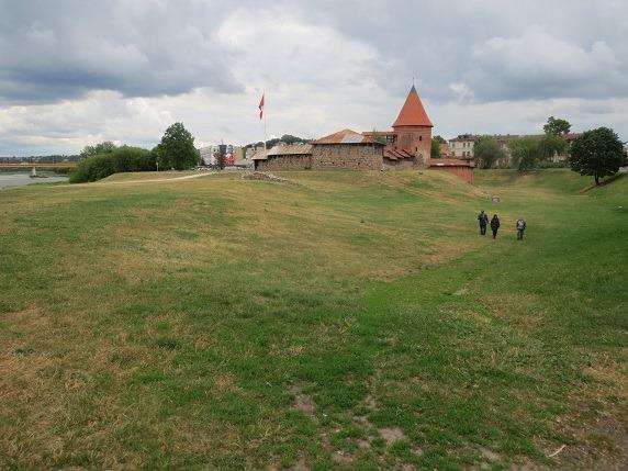 07カウナス城と濠とネリス川