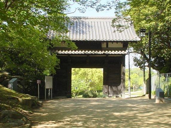 名島城城門