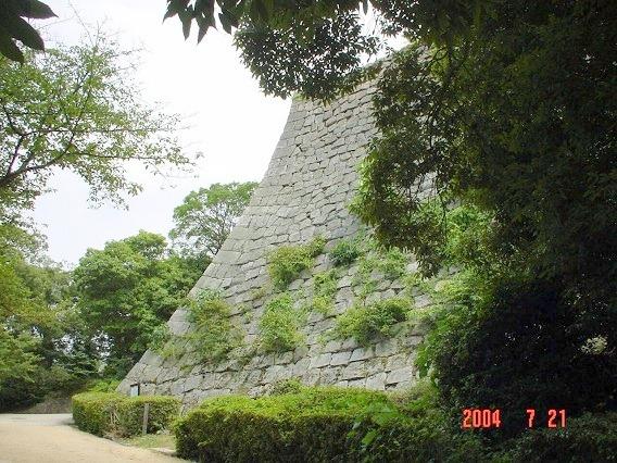 13三の丸北側高石垣