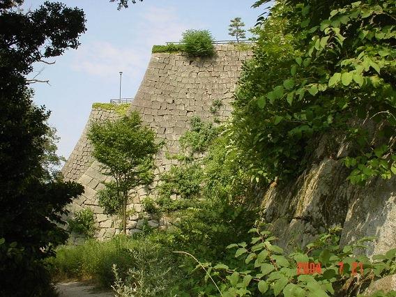 15三の丸西側高石垣
