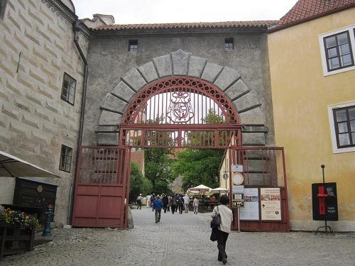 34赤の門