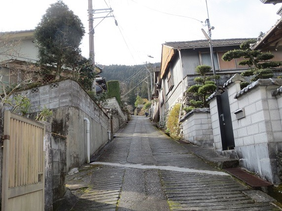 03神社への道