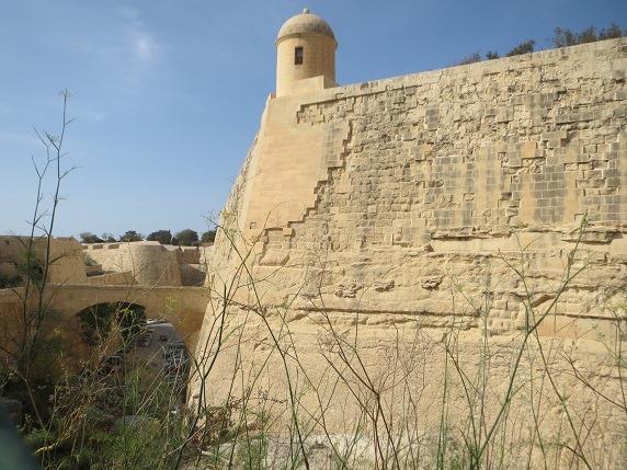 空堀と城壁