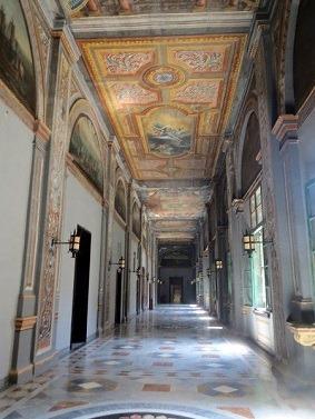 騎士団長の宮殿1
