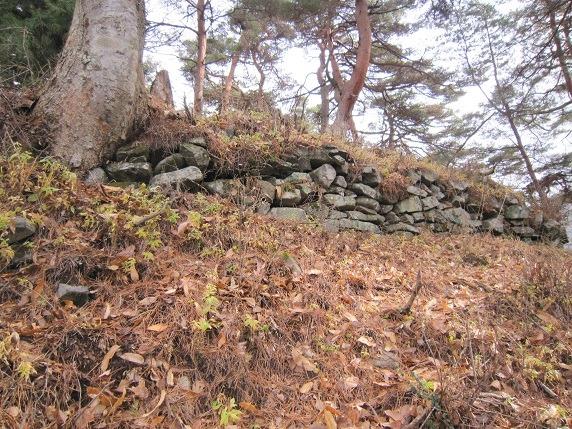 21主郭南斜面の石垣