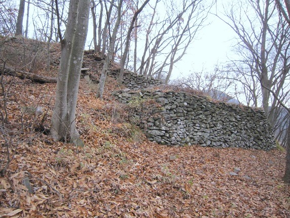 主郭北側の石垣