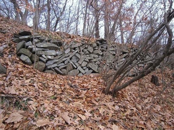 主郭南側の石垣
