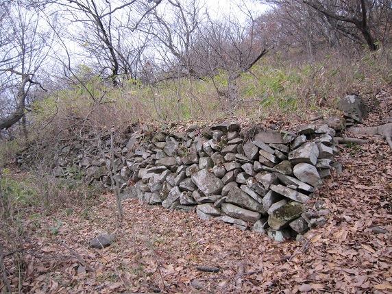 主郭最下段の石垣