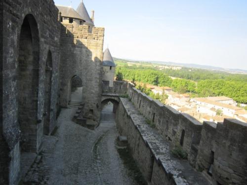 コンタル城登城口