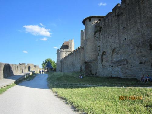 北側二重城壁