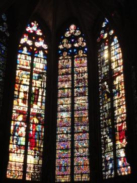 大聖堂ステンドグラス2