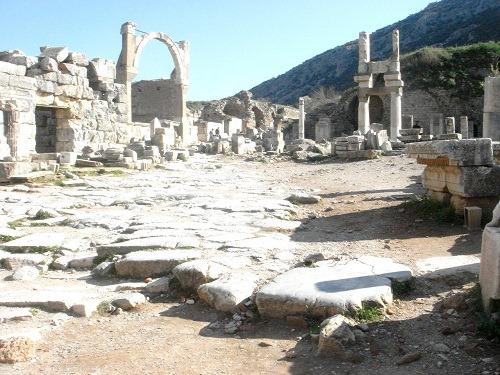 10ドミティアヌス神殿