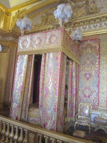 王の寝室2