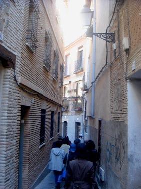 トレド旧市街の小道1
