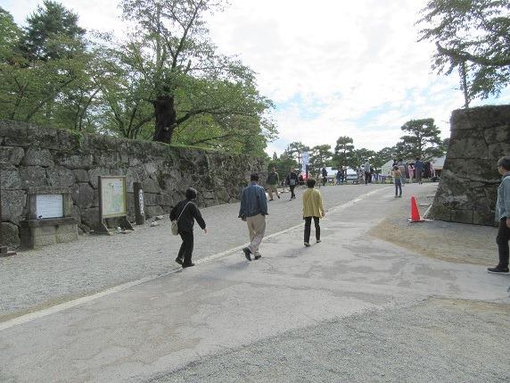 蒲生氏時代の表門