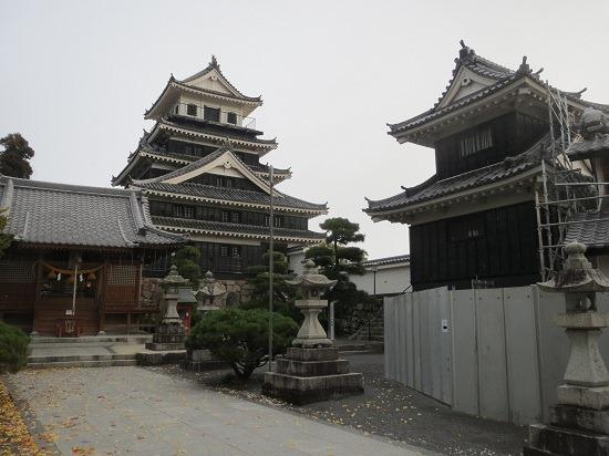 47奥平神社と天守