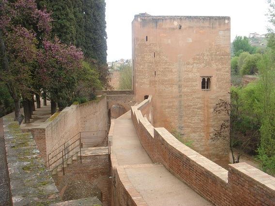 09囚われ人の塔