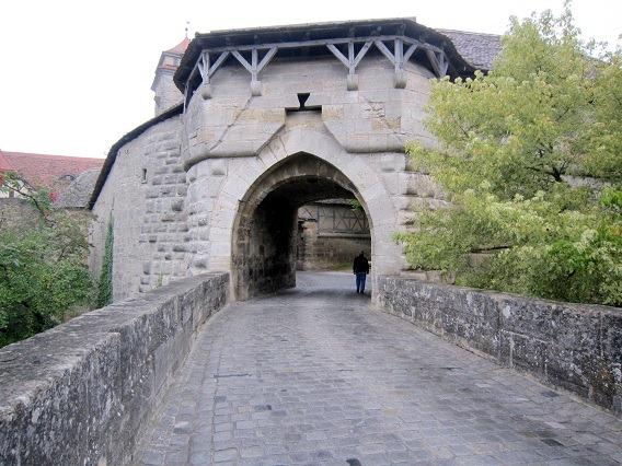 シュピタール門2
