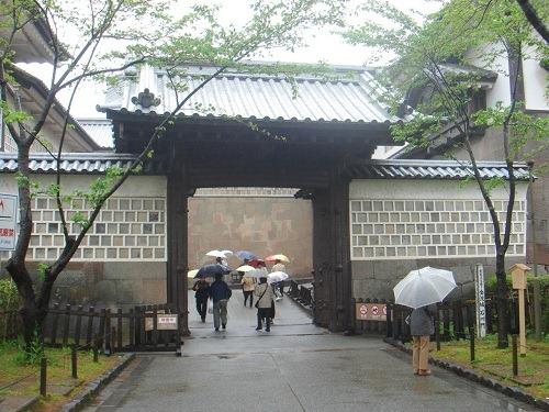 21石川門一ノ門(高麗門)