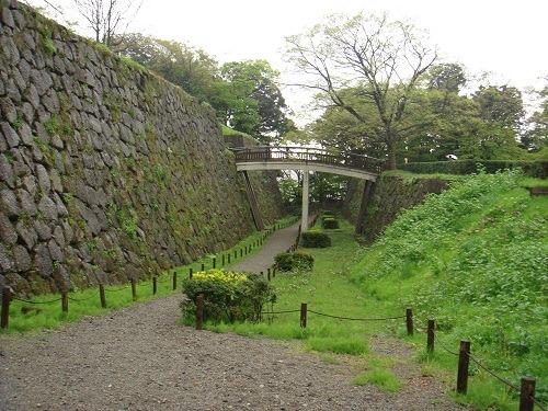 61極楽橋下の空堀