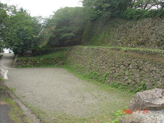 11本丸東側の堀