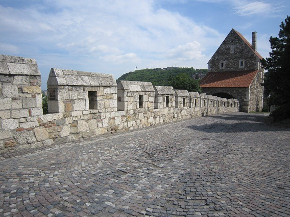 55城壁と狭間