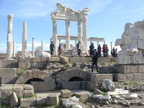 トラヤヌス神殿2