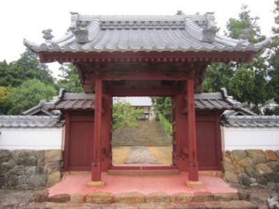 五井城移築門