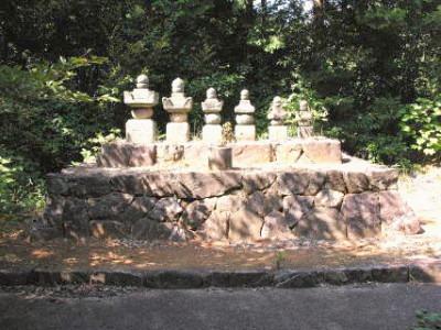 五井松平家墓