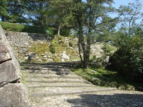 05筒井城跡石垣