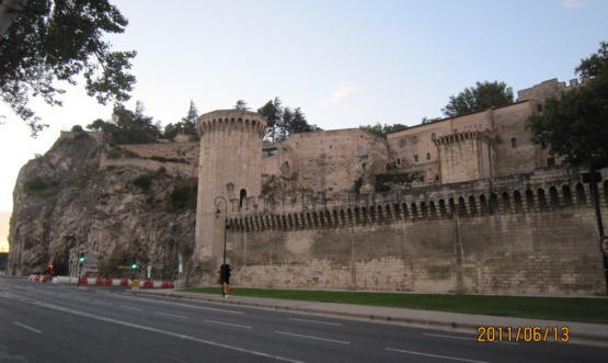アヴィニョン北側城壁1