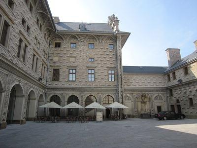 シュヴァルツェンベルク宮殿中庭