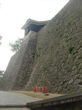 03本丸南面の石垣