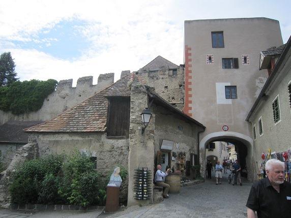 修道院教会への入口