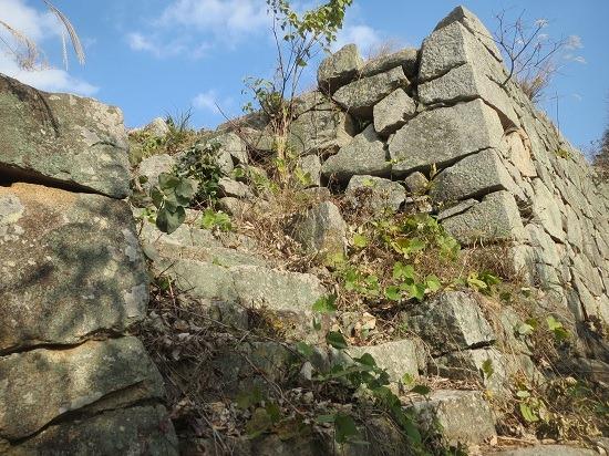 27東郭石段