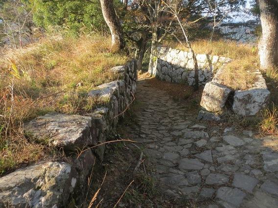 37渡櫓跡