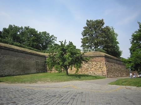 26ターボル門脇城壁
