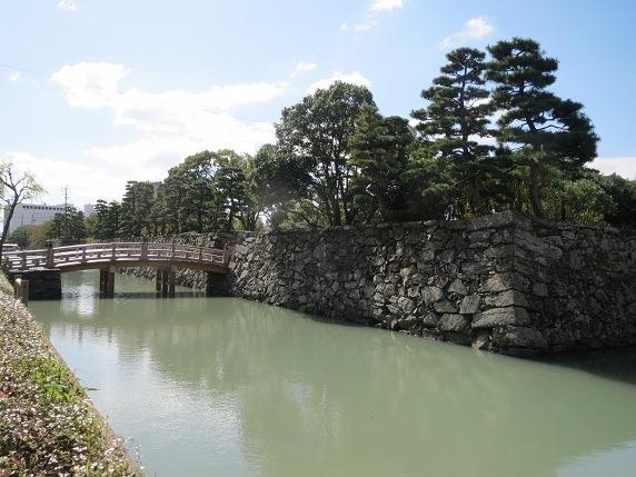 11東側水堀と数寄屋橋