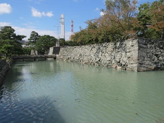 17堀川と下乗橋